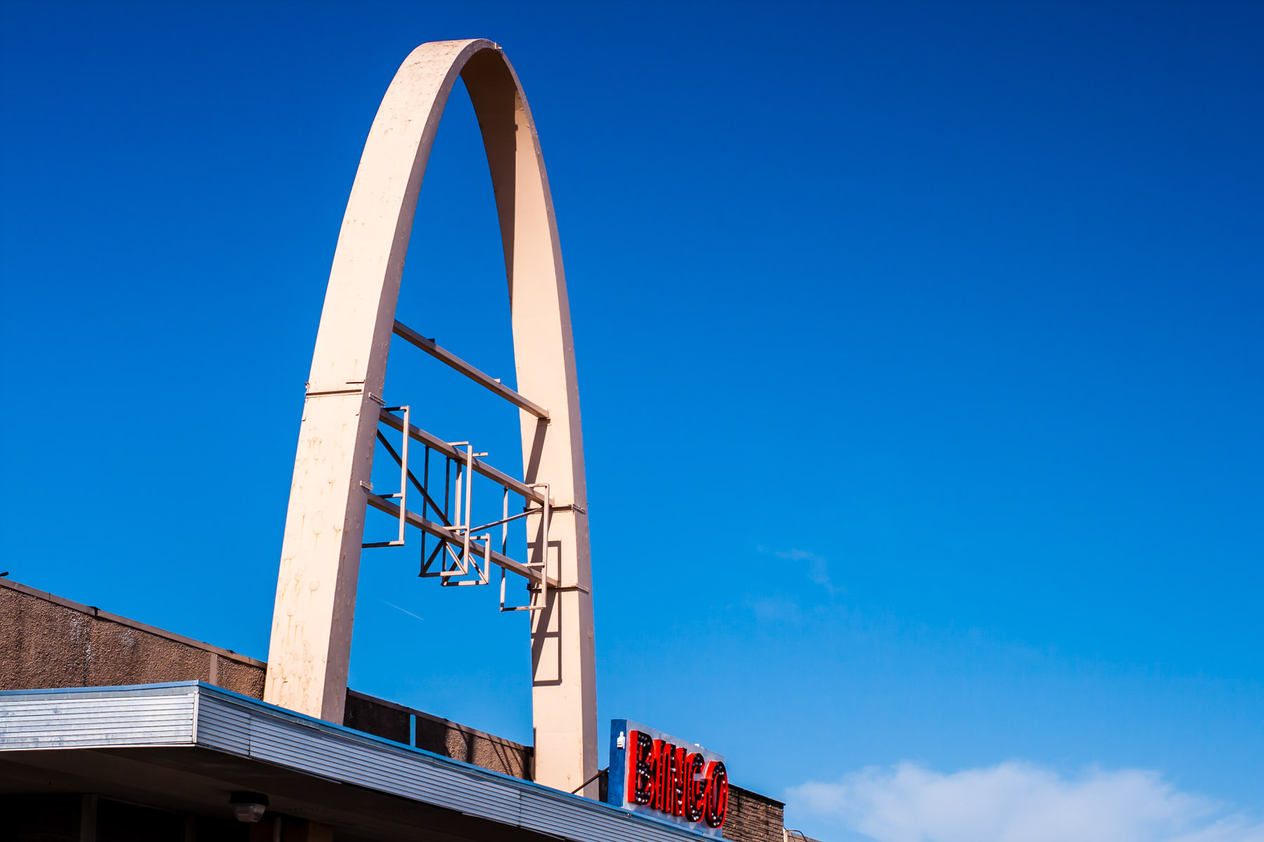 A whimsical arch on the roof of the Town East Bingo hall in Mesquite, Texas.
