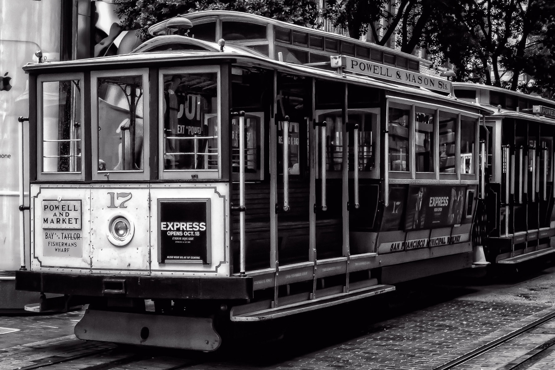 Vintage cable cars on San Francisco's Powell & Mason cable car line.