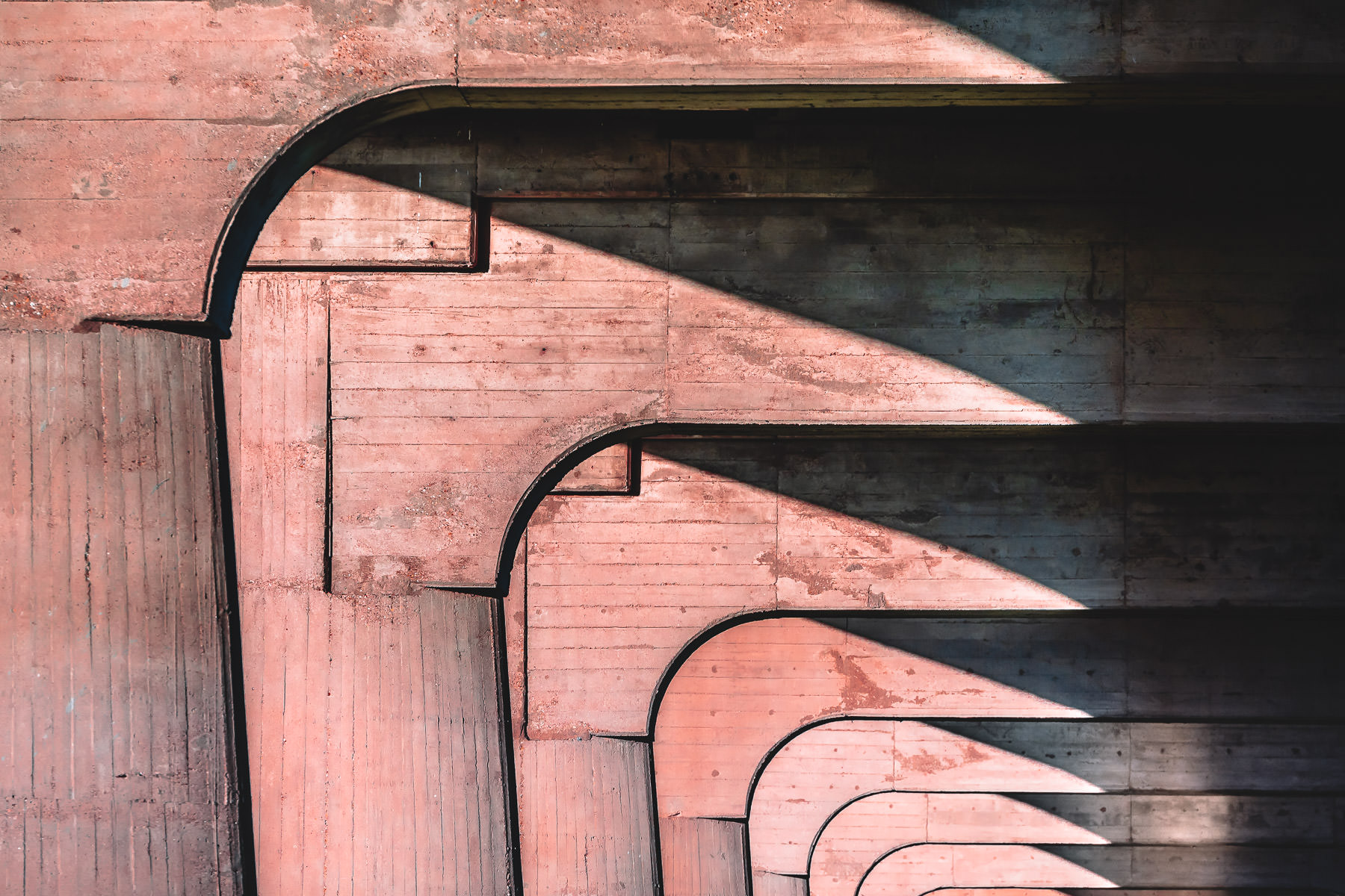 An abstract view of the supports for Dallas' Continental Avenue Bridge.