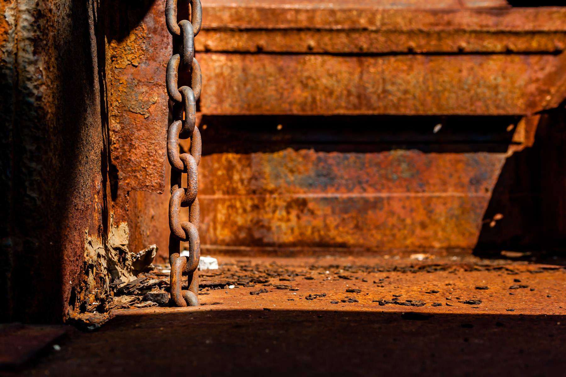 A chain in an abandoned rail car in Grapevine, Texas.