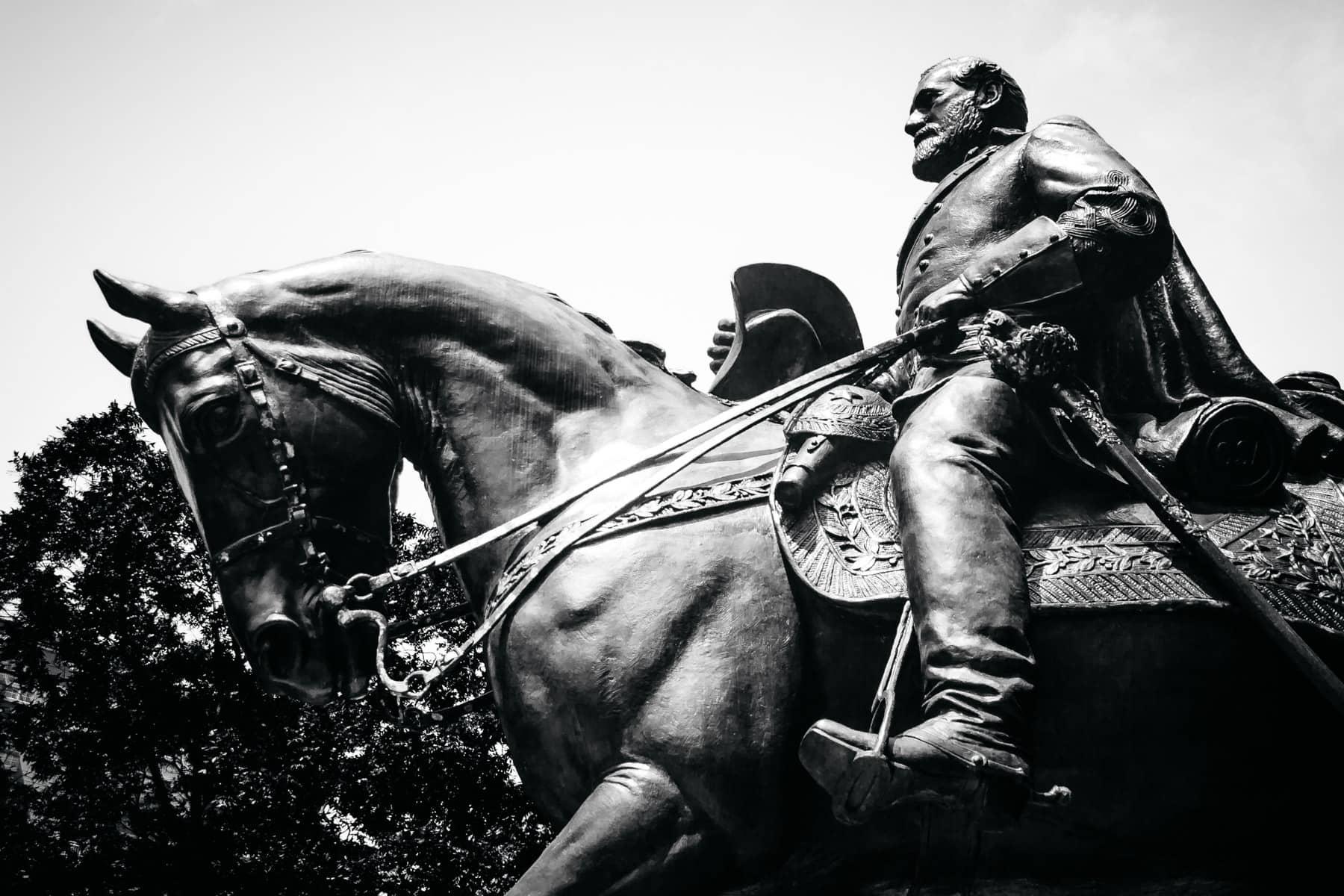 A statue of Confederate General Robert E. Lee in Dallas' Lee Park.