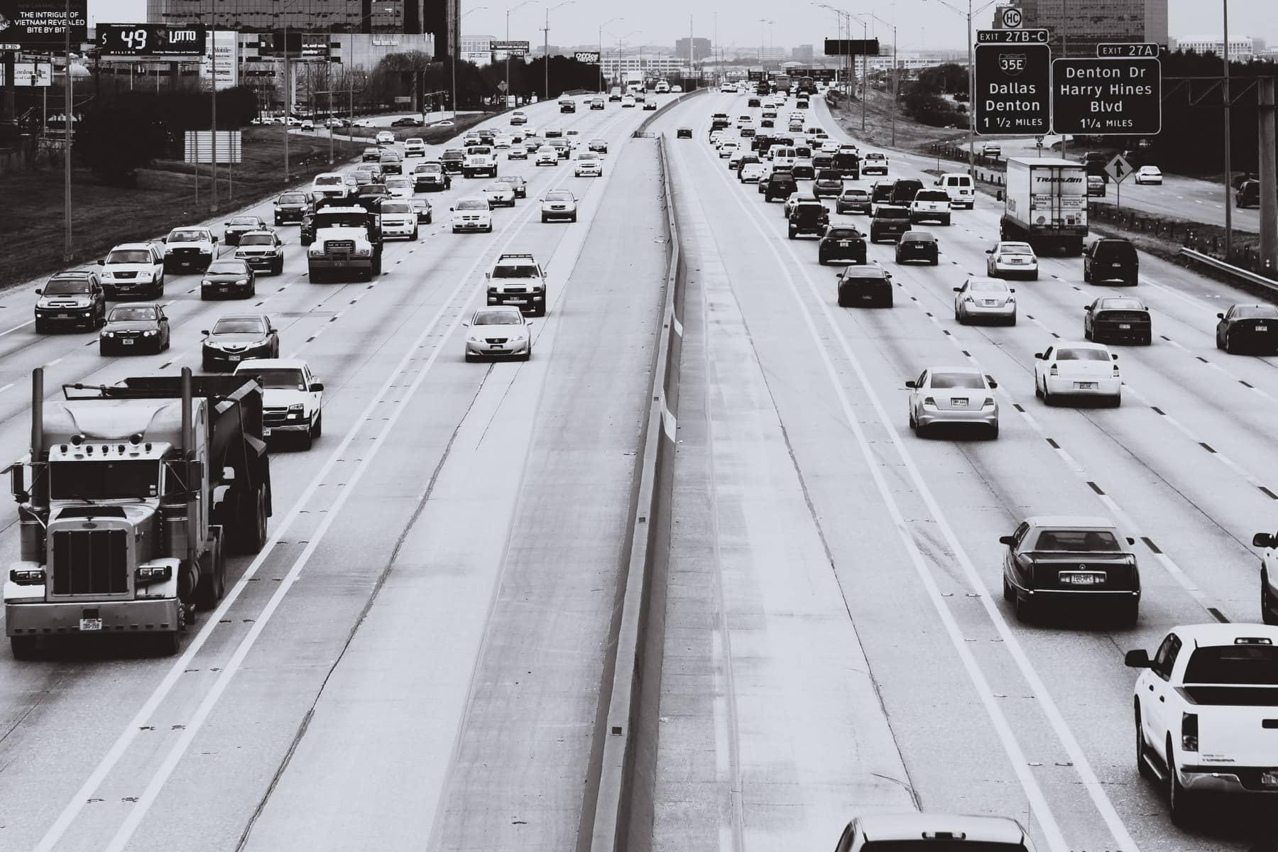 Saturday afternoon on Dallas' Interstate 635 (LBJ Freeway)