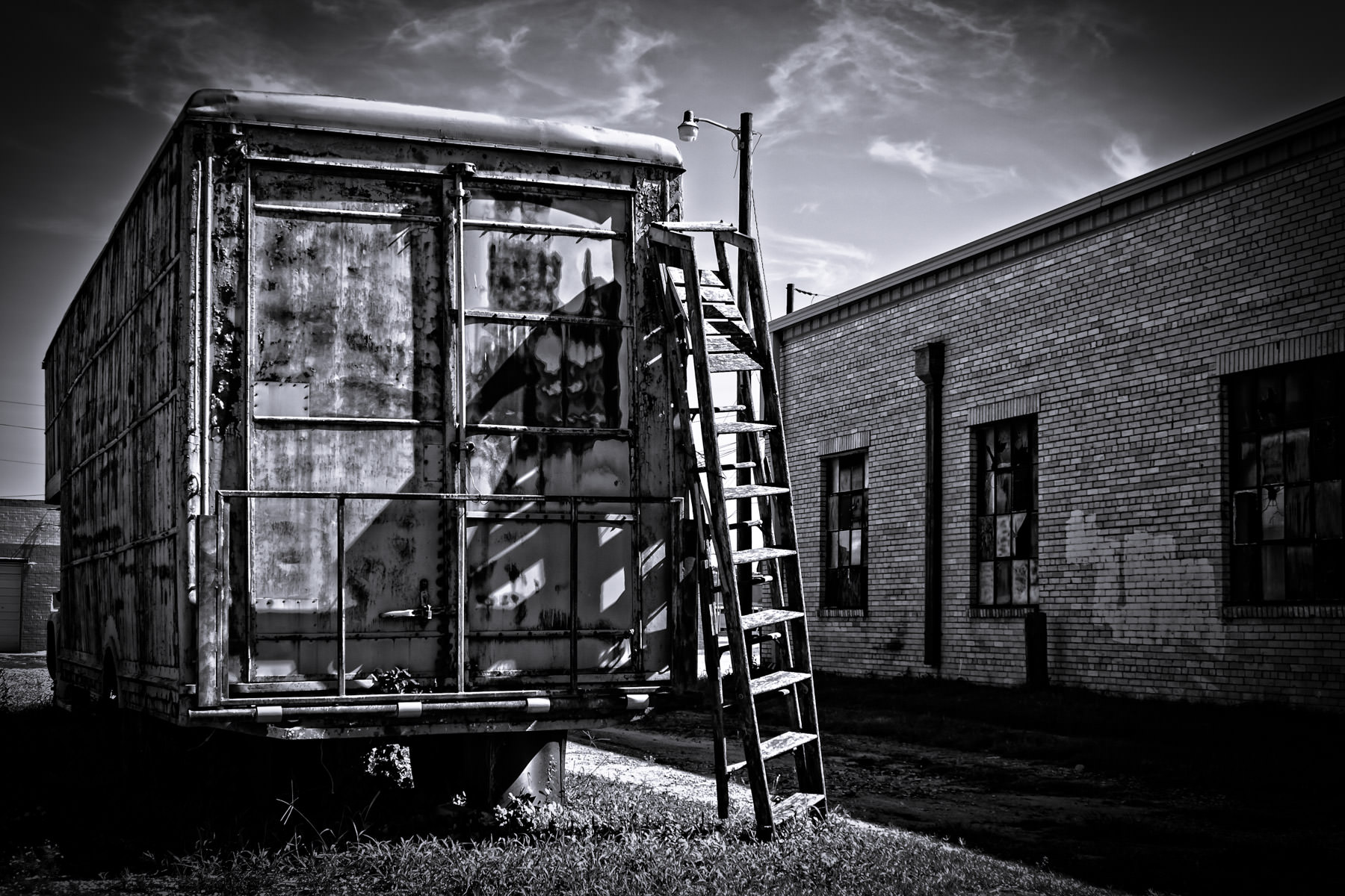 tyler panel van warehouse ladder