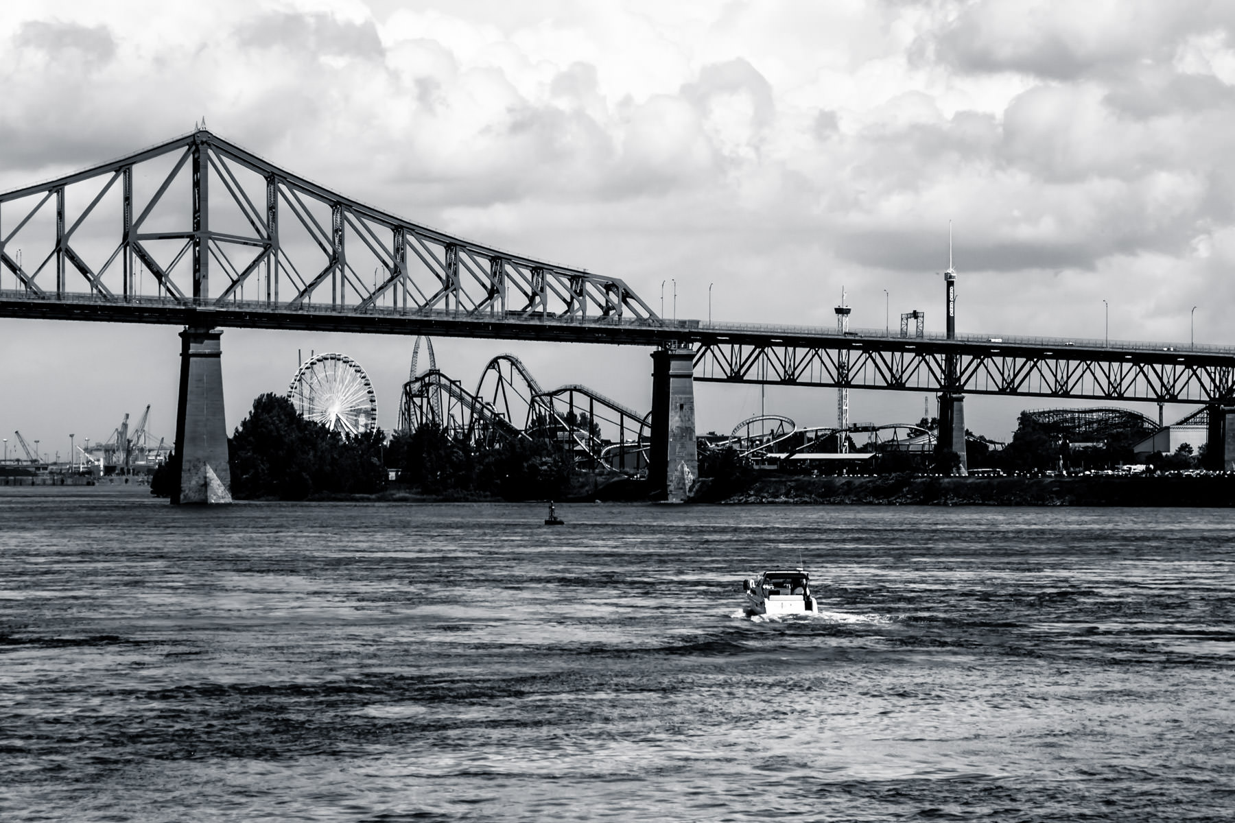 A boat appears to be traveling towards La Ronde, an amusement park on Montreal's Ile Sainte-Helene.
