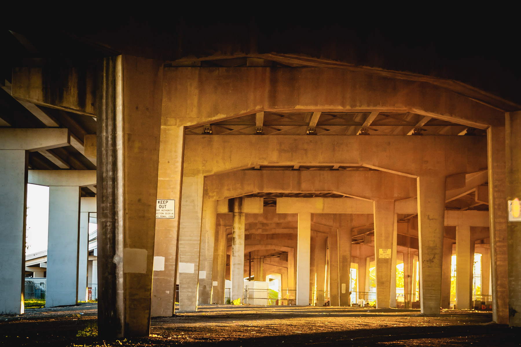 Underneath Interstate 30 just east of Downtown Dallas.