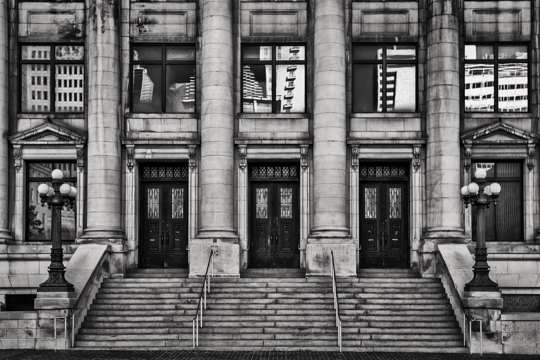 The main entrance of the Dallas Municipal Building, Dallas, Texas.