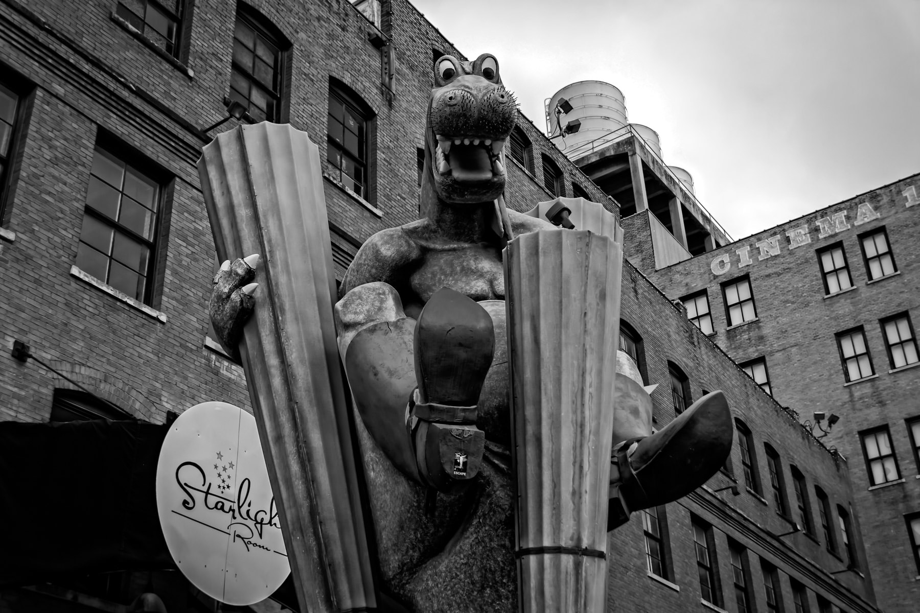 A leftover relic of the long-closed Dallas location of Planet Hollywood, this dragon statue sits in the city's West End district.