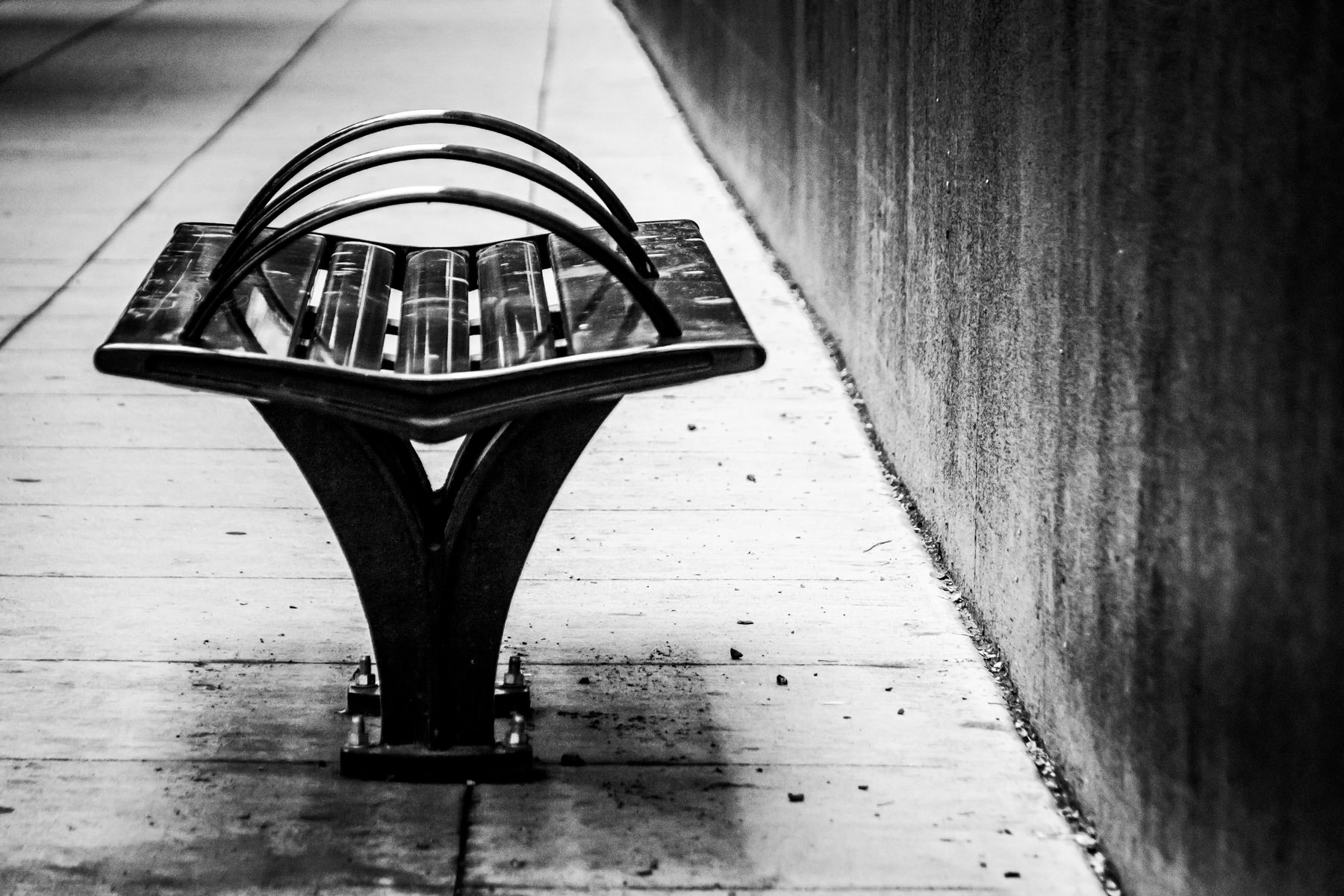 A modern bench in Downtown Dallas.