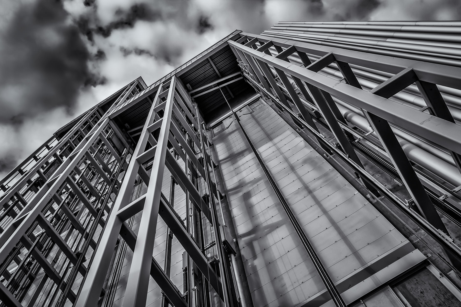 The exposed elevator shafts on the exterior of Dallas' Wyly Theatre.