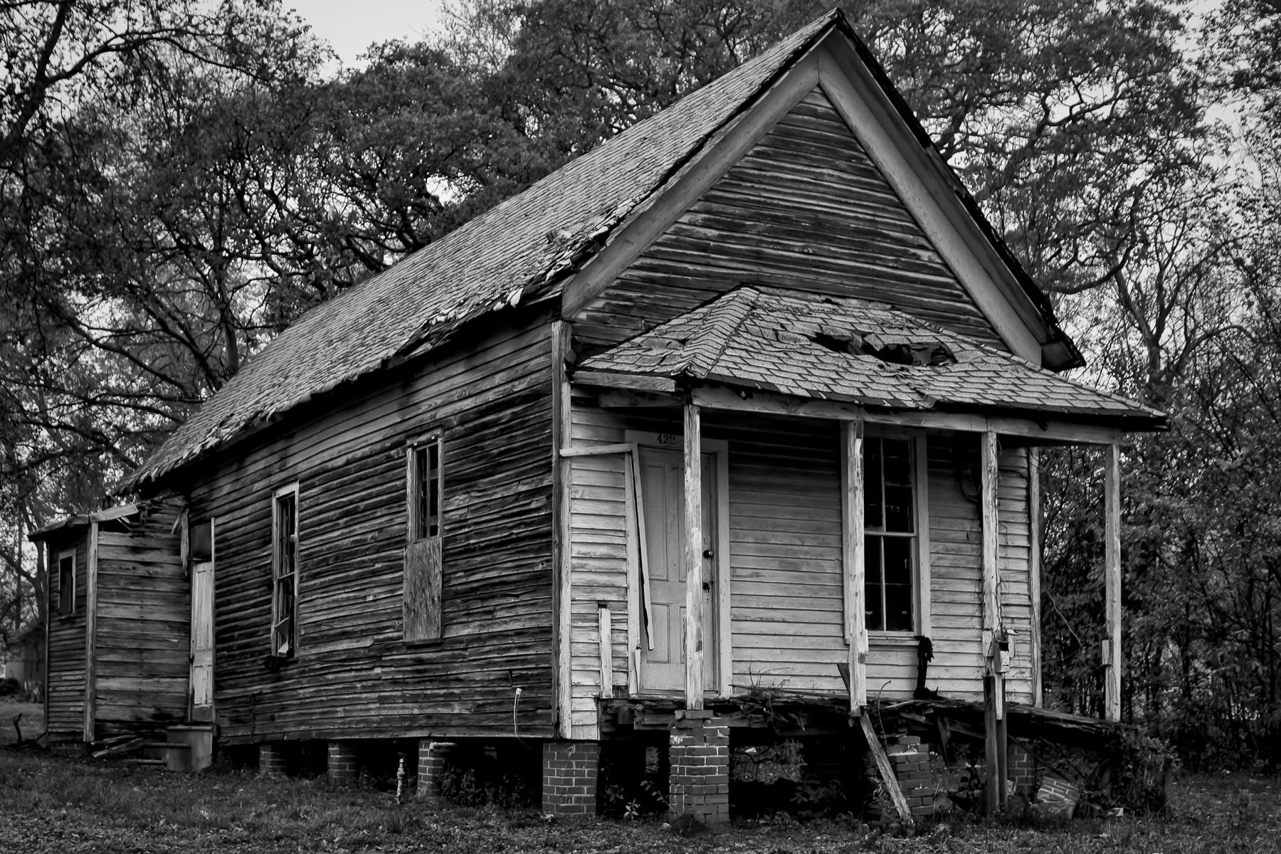 A decaying house found on the north side of Tyler, Texas.