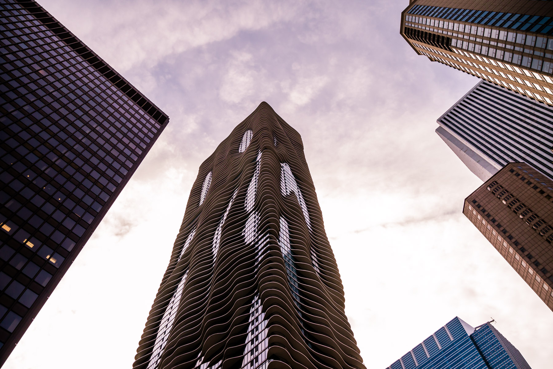 Aqua, an 82-story mixed-use skyscraper designed by Jeanne Gang, takes its place amongst the Chicago skyline.