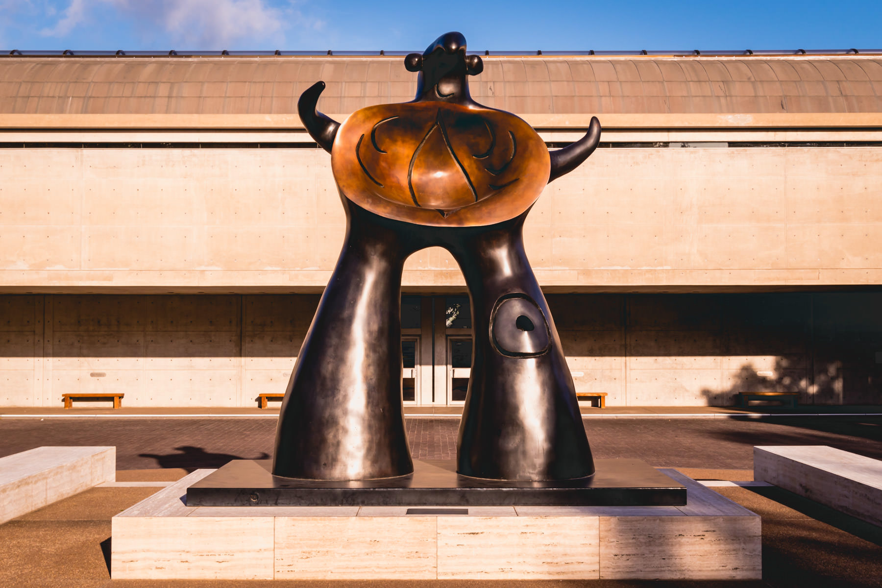 Sculptor Joan Miró's Woman Addressing the Public: Project for a Monument guards the entrance to the Kimbell Art Museum, Fort Worth, Texas.