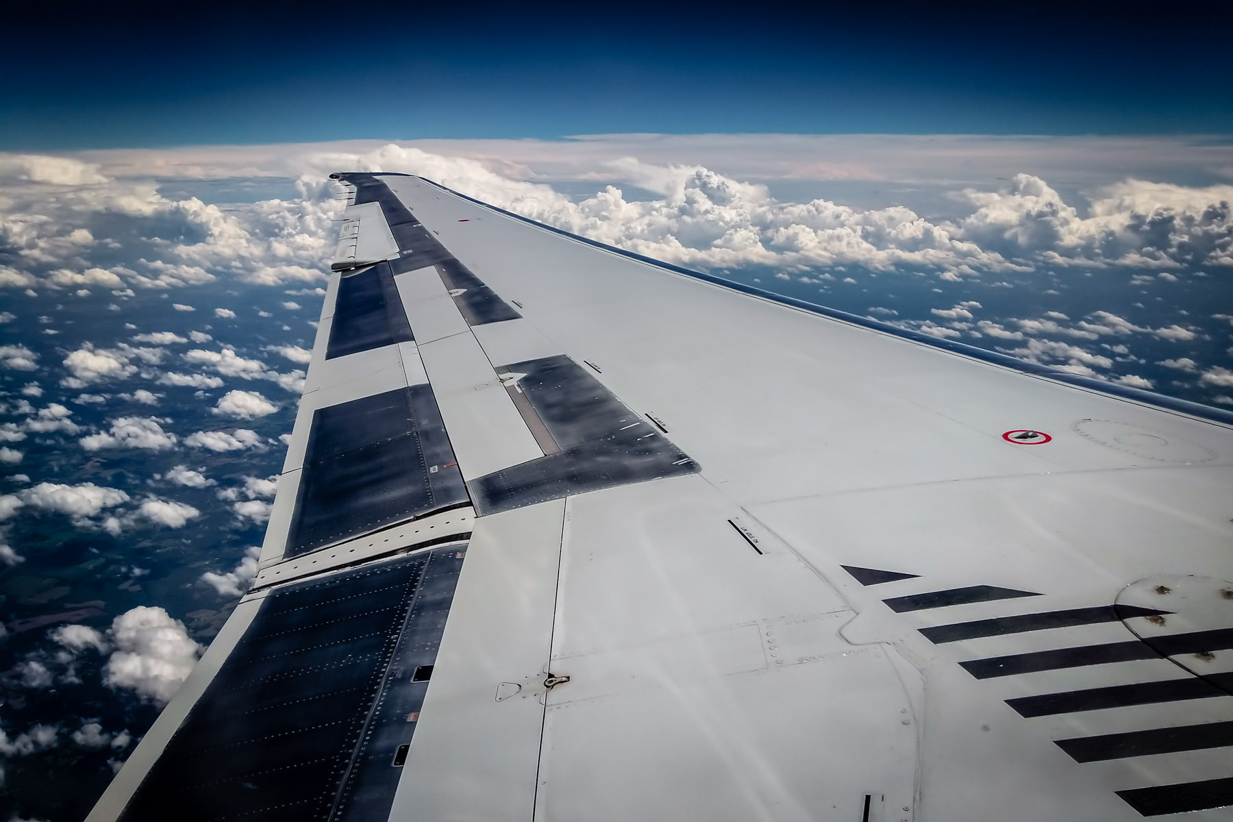 The wing of an American Airlines MD-80, somewhere over the southern United States.