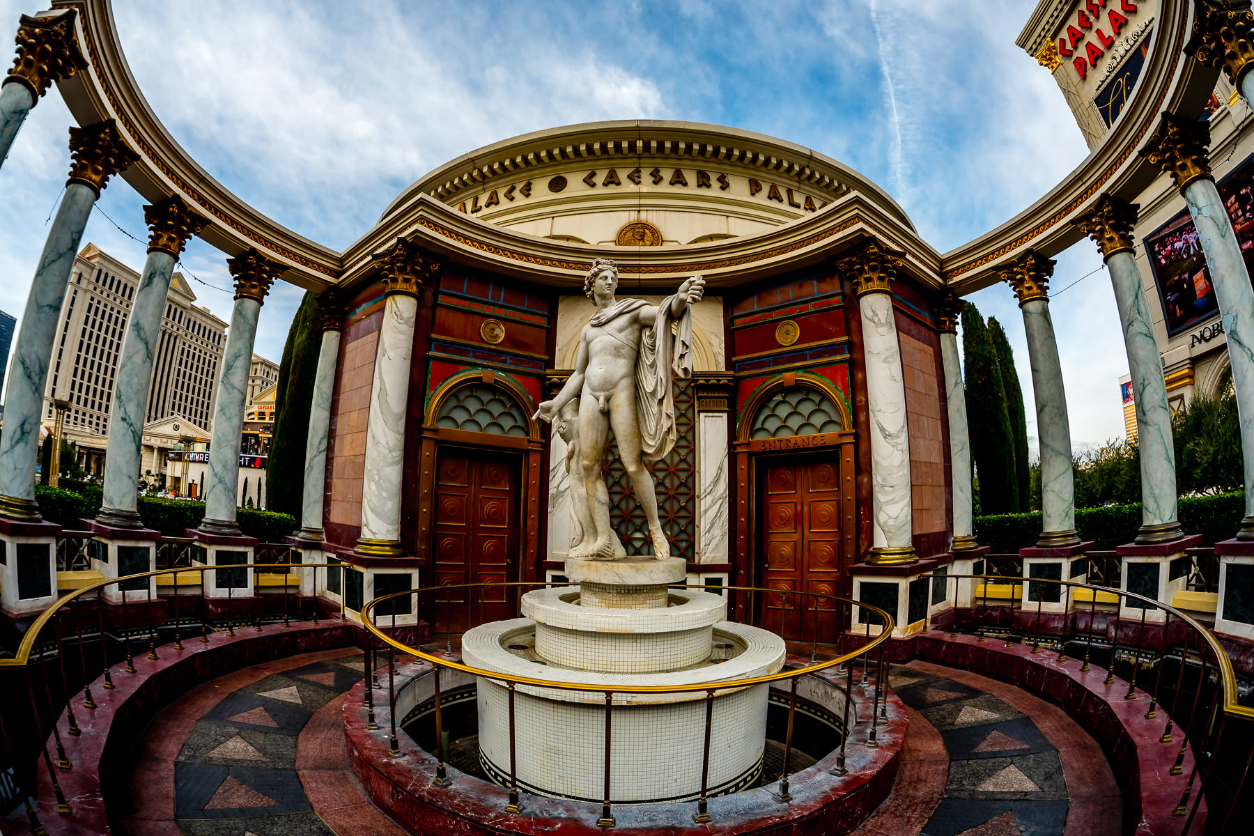 A classical statue outside of Caesars Palace, Las Vegas.