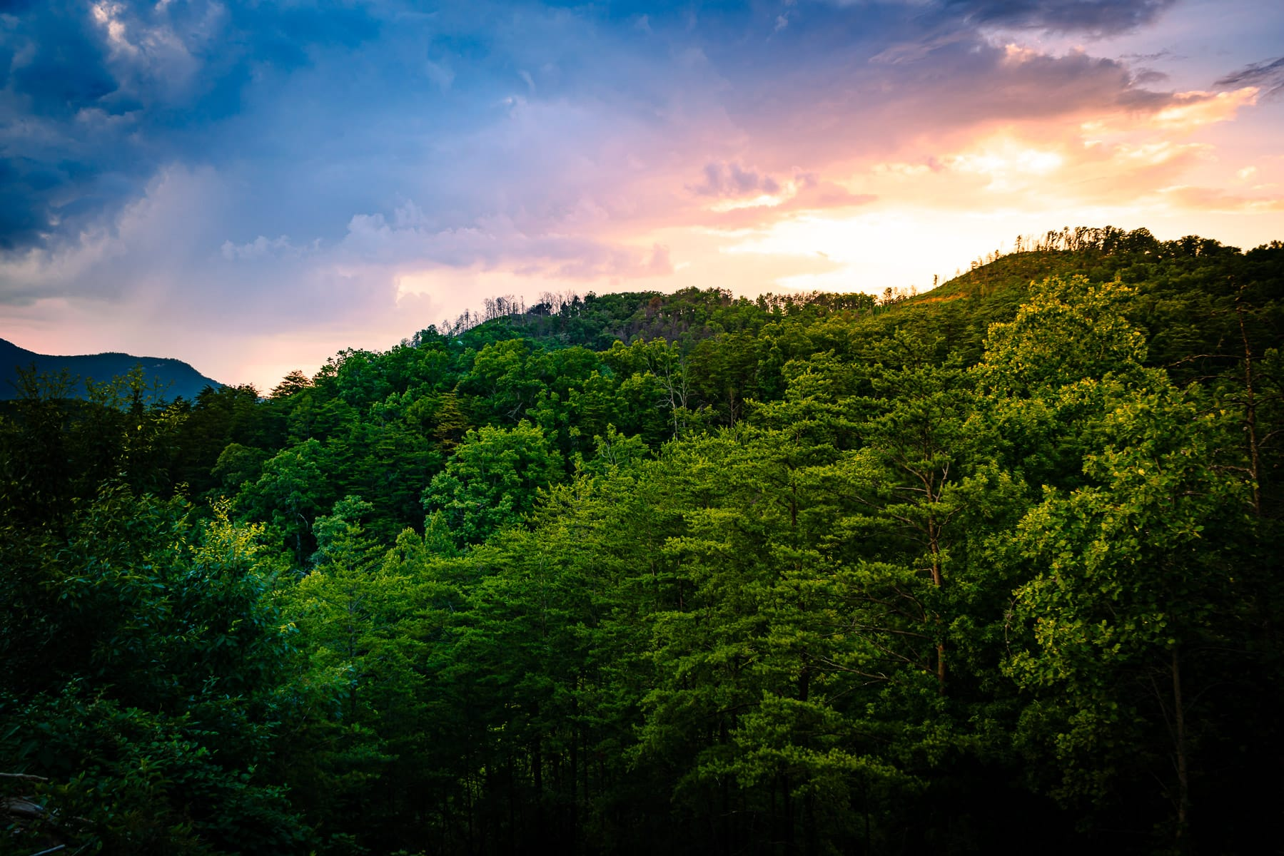 The sun sets on the Great Smoky Mountains, Tennessee.